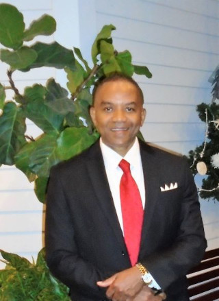 image of Delroy Mosley, real estate agent at CENTURY 21 Coast to Coast