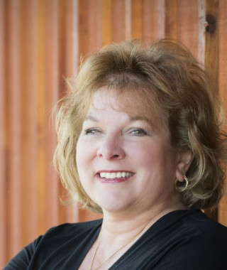 image of Diane Barber, real estate agent at CENTURY 21 Coast to Coast