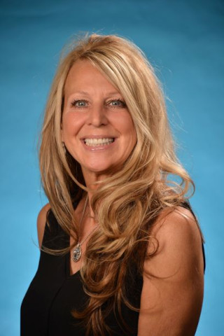 image of Karin Zimmerman, real estate agent at CENTURY 21 Coast to Coast
