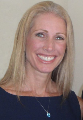 image of Michele Kauffman, real estate agent at CENTURY 21 Coast to Coast