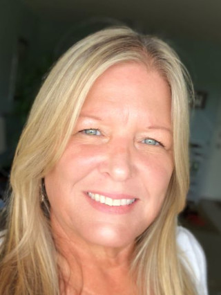 image of Teresa Reed Conway, real estate agent at CENTURY 21 Coast to Coast