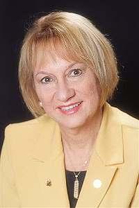 image of Madonna Steinlage, Broker, real estate agent at CENTURY 21 Coast to Coast in Clearwater Beach, Fl.