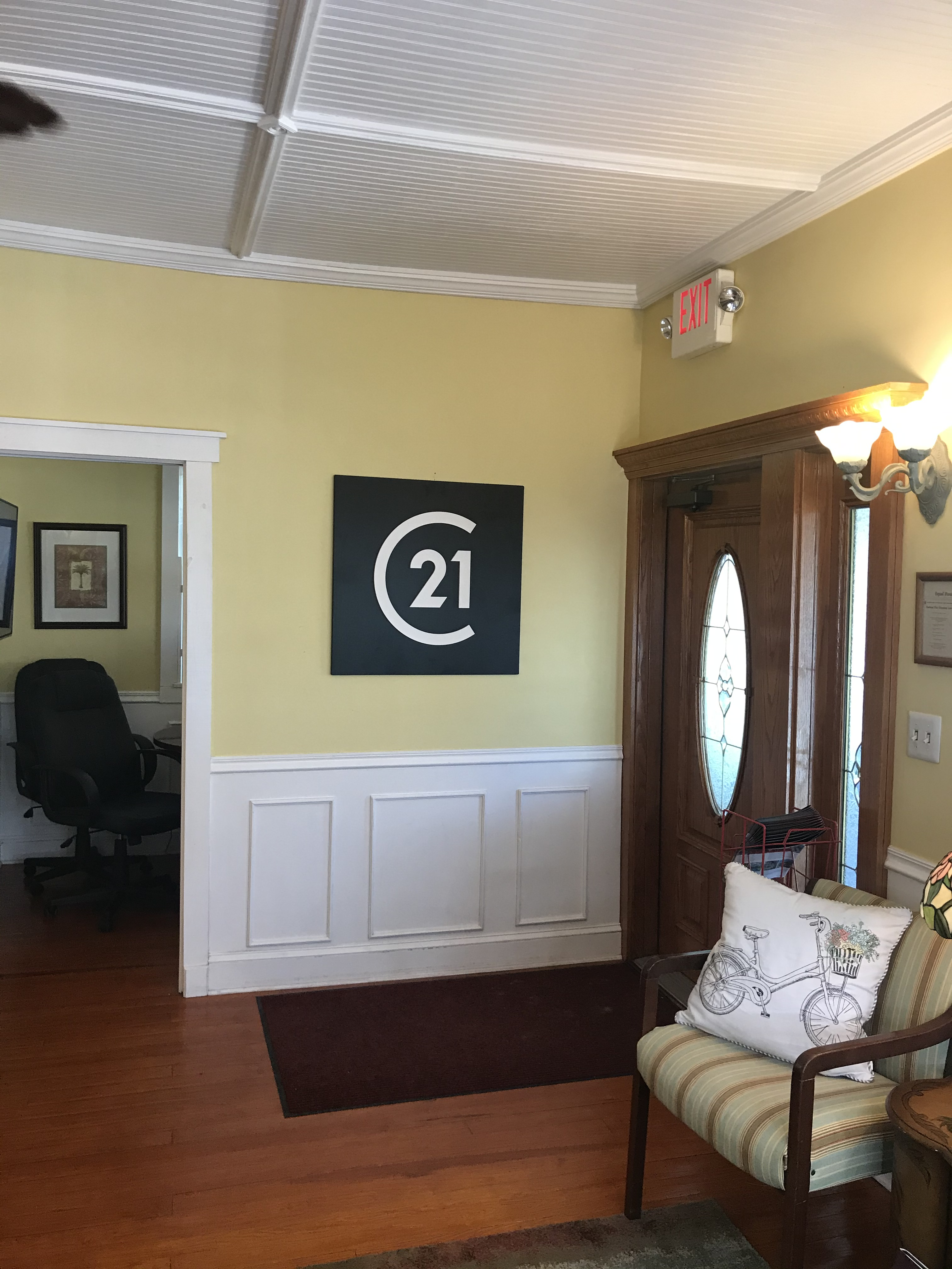 C21 Logo in the Safety Harbor Office of CENTURY 21 Coast to Coast