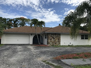 2255 Dover Ave, Fort Myers Villas