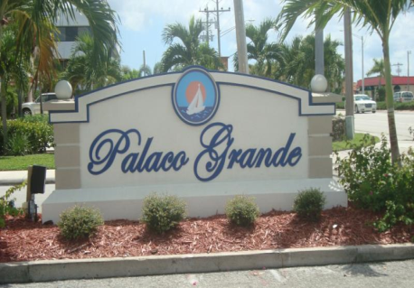 Palaco Grande Homes for Sale