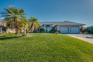 Front 3225 SE 10th Ave Cape Coral