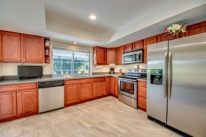 kitchen 710 SE 35th St Cape Coral Fl