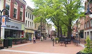 Chalottesville Va Downtown Pedestrian Mall