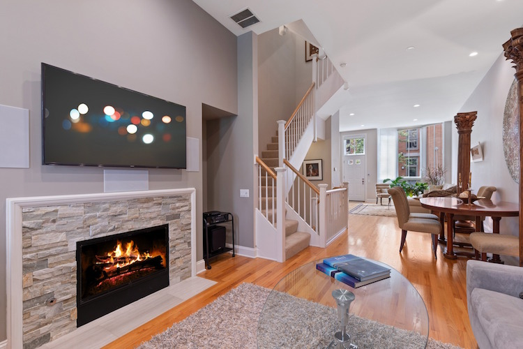 streeterville townhouse for sale