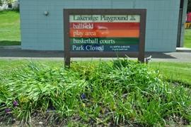 lakeridge playground
