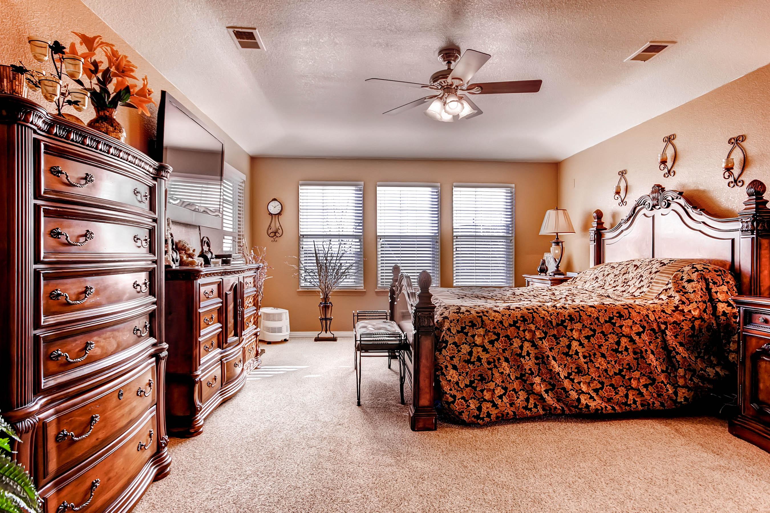 2452 McKay Landing Parkway Master Bedroom