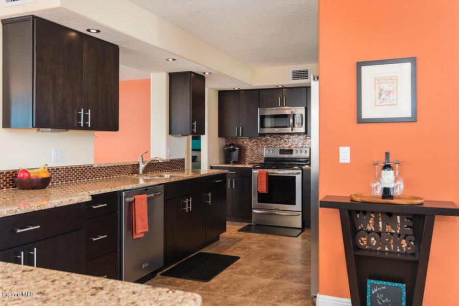 Beautifully updated kitchen!