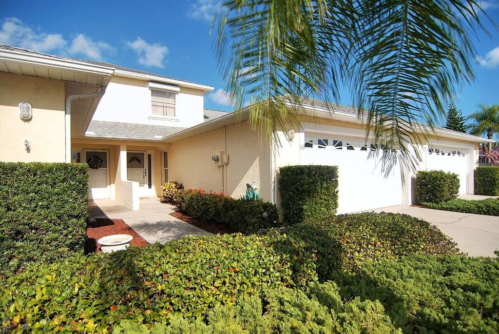 Indian Harbour Beach, FL Real Estate: Just Listed Townhouse