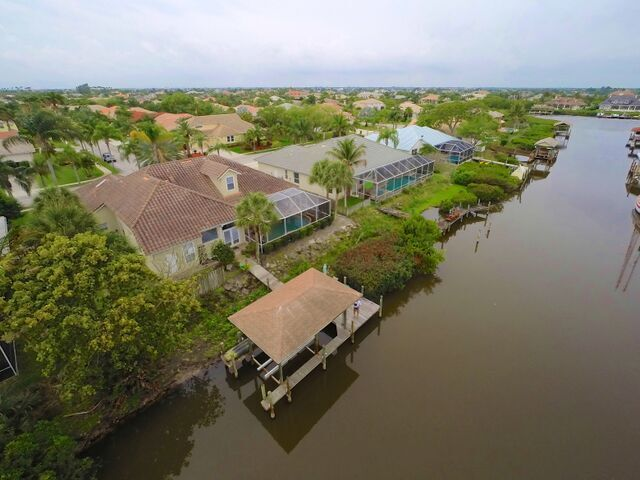 Indian Harbour Beach, FL Real Estate: Just Listed this Waterfront Home in Harbour Lights