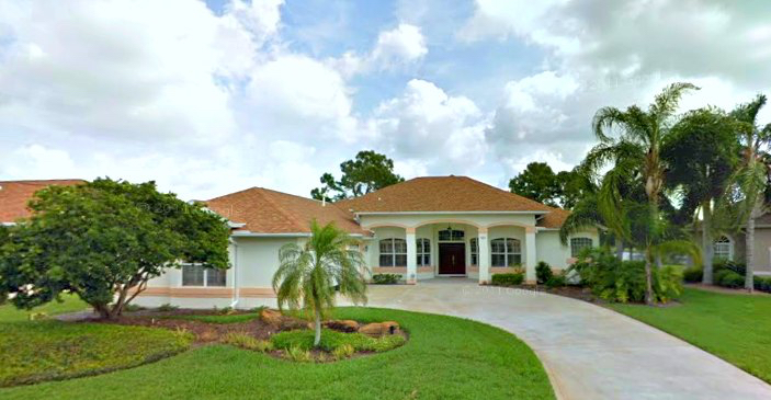 Melbourne, FL Real Estate: Just Sold! Lakefront Pool Home in West Lake Village, Suntree