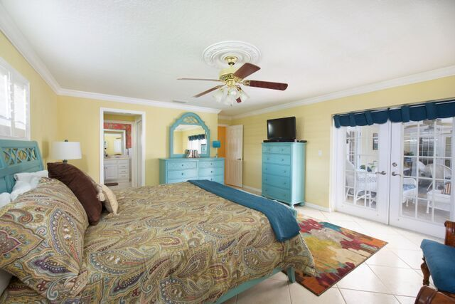 Spacious Master Suite, with direct Lanai access