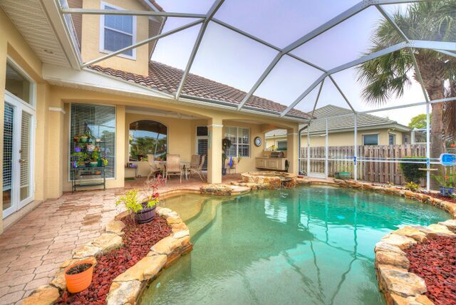 Gorgeous Pool and Lanai, Overlooking the Wide Canal