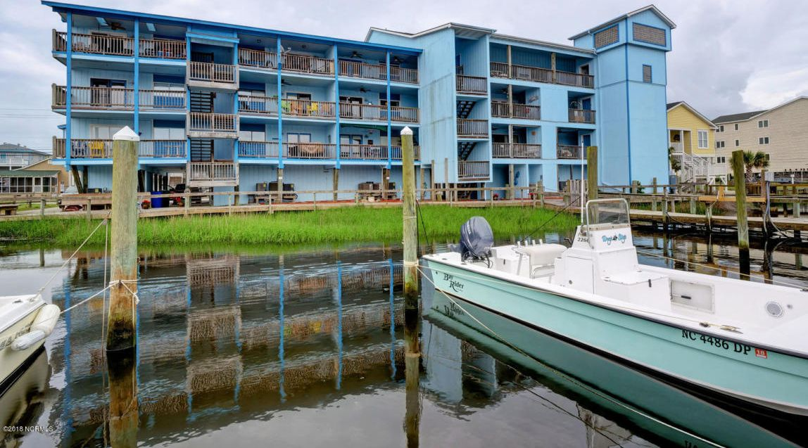 Home with boatslip for sale in Carolina Beach North Carolina