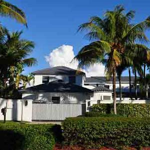 Island Way Homes Aventura Florida