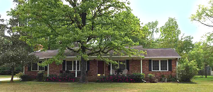Home in Conway Country Club area