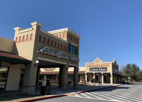 Hagerstown Premium Outlets Mall - Eddie Bauer Store