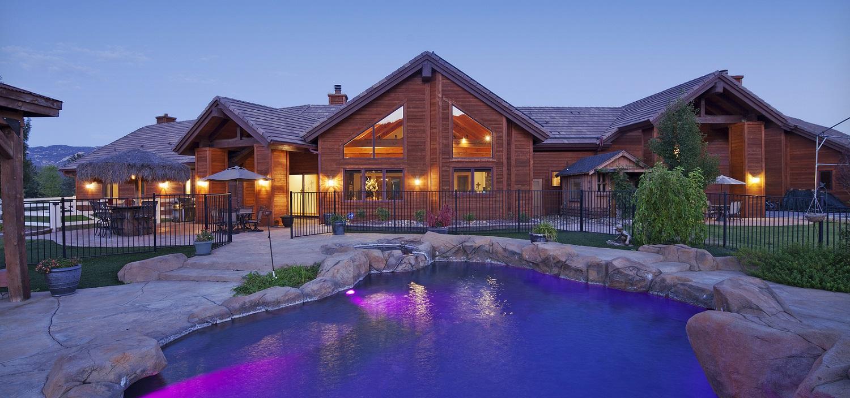 Luxury Crestview Homes