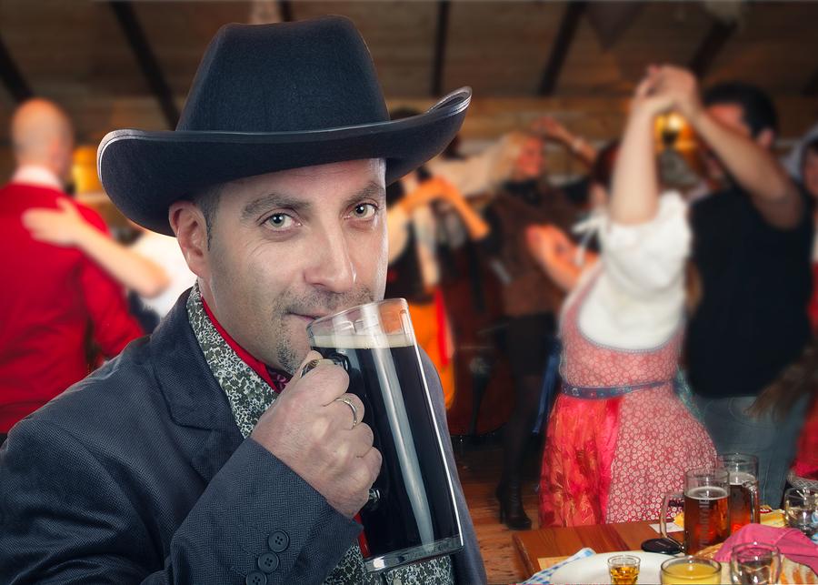 Enjoy a drink at Buckhorn Saloon near your San Antonio home.
