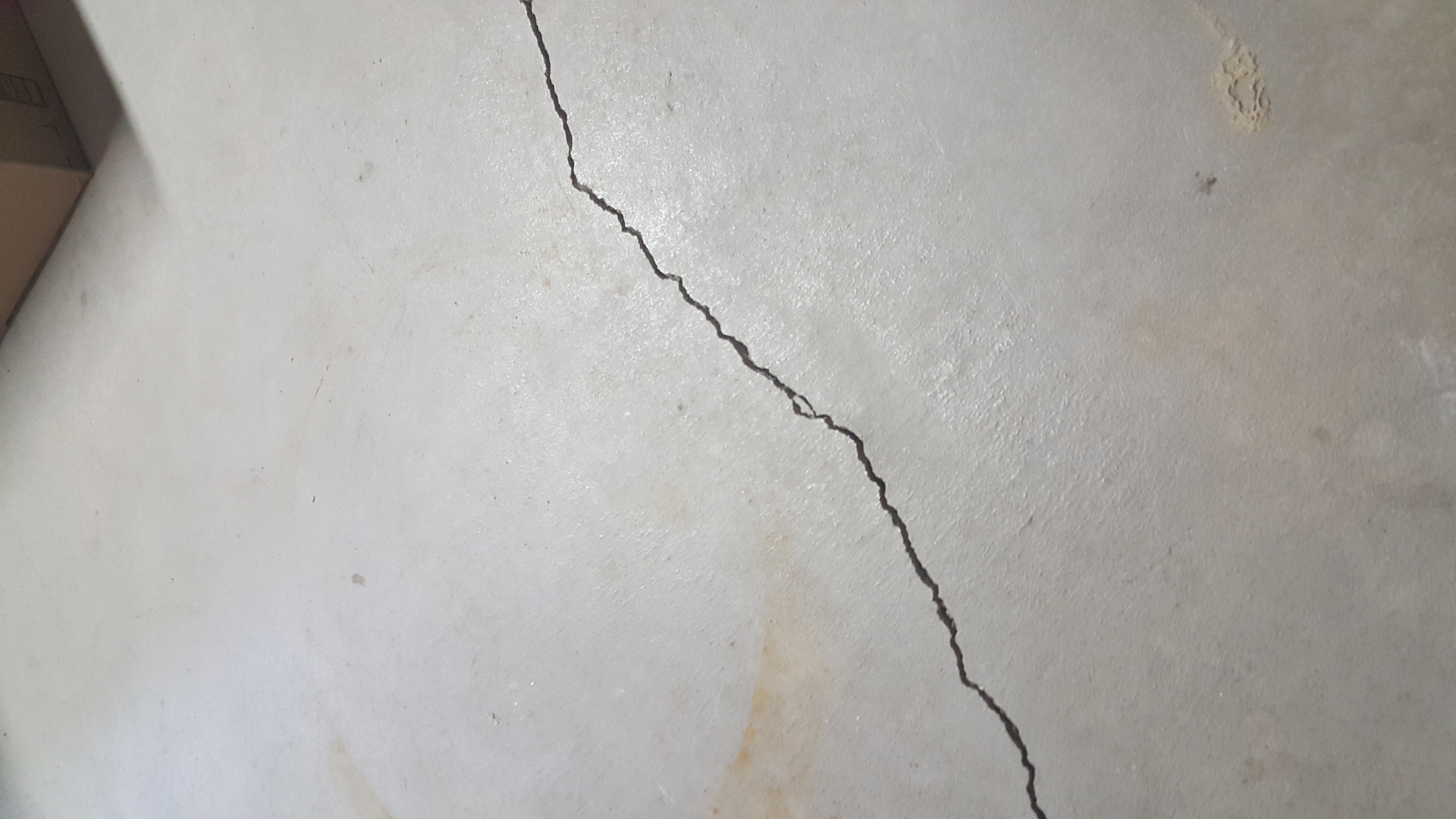 Basement Crack in a Thornton CO home