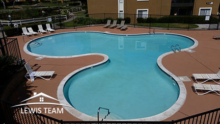 Condo in Rancho Bernardo Waterbridge Pool