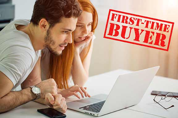 First Time Home buyers in San DIego looking at property for sale