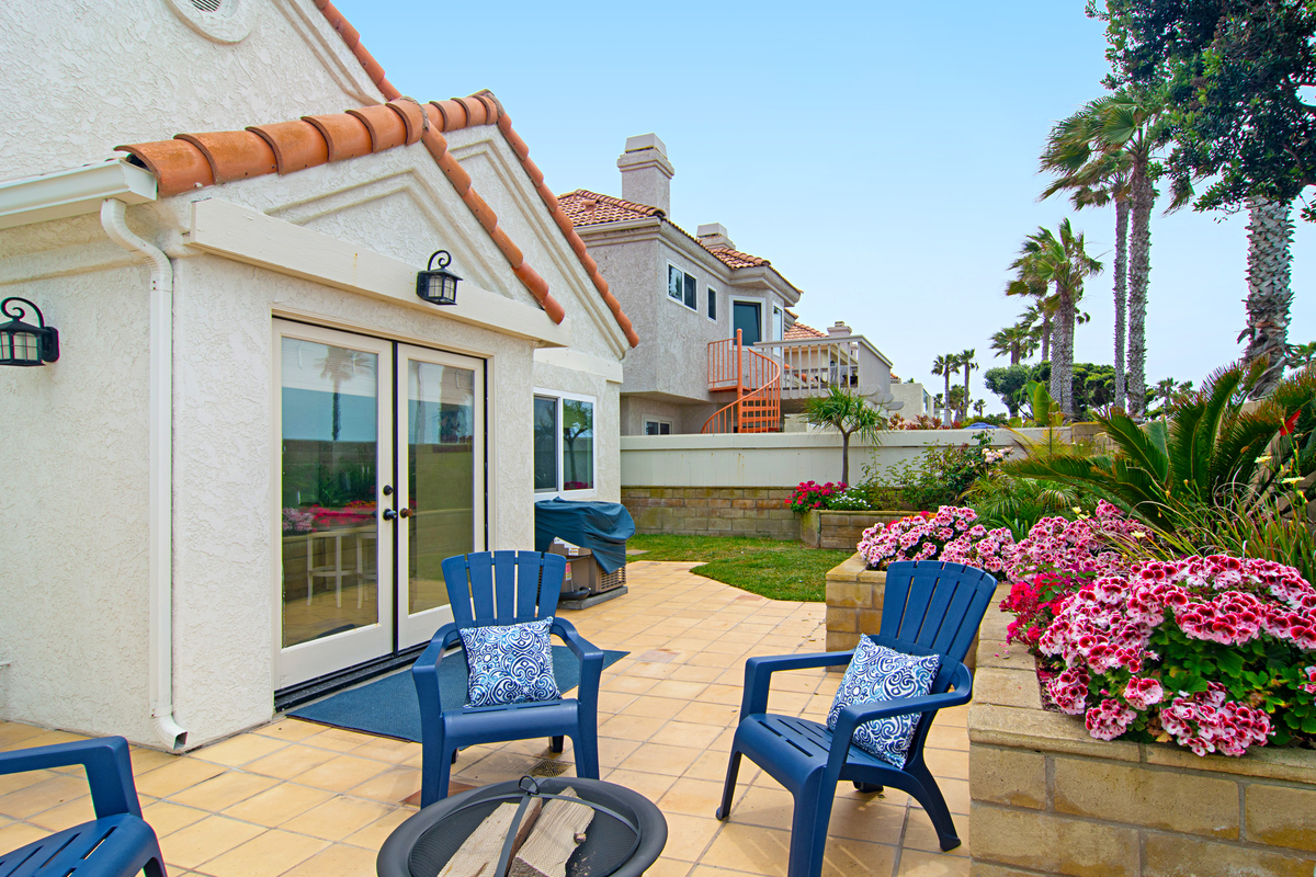 Backyard | 4 Bridgetown Bend, Coronado CA 92118