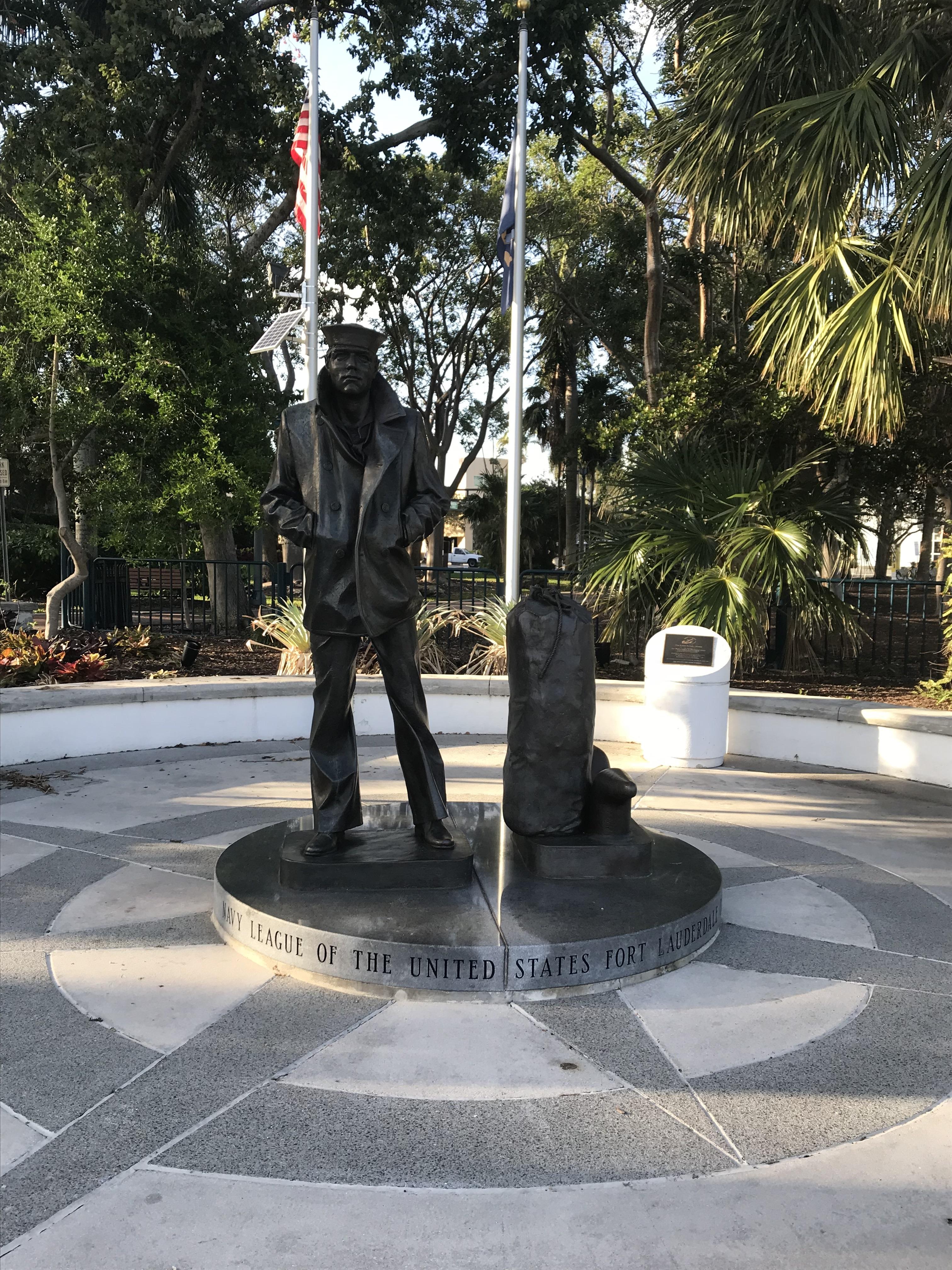 Lone Soldier Statue
