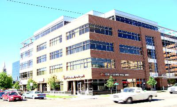 450 Seventeenth is a newly constructed building in the Uptown Neighborhood in Denver