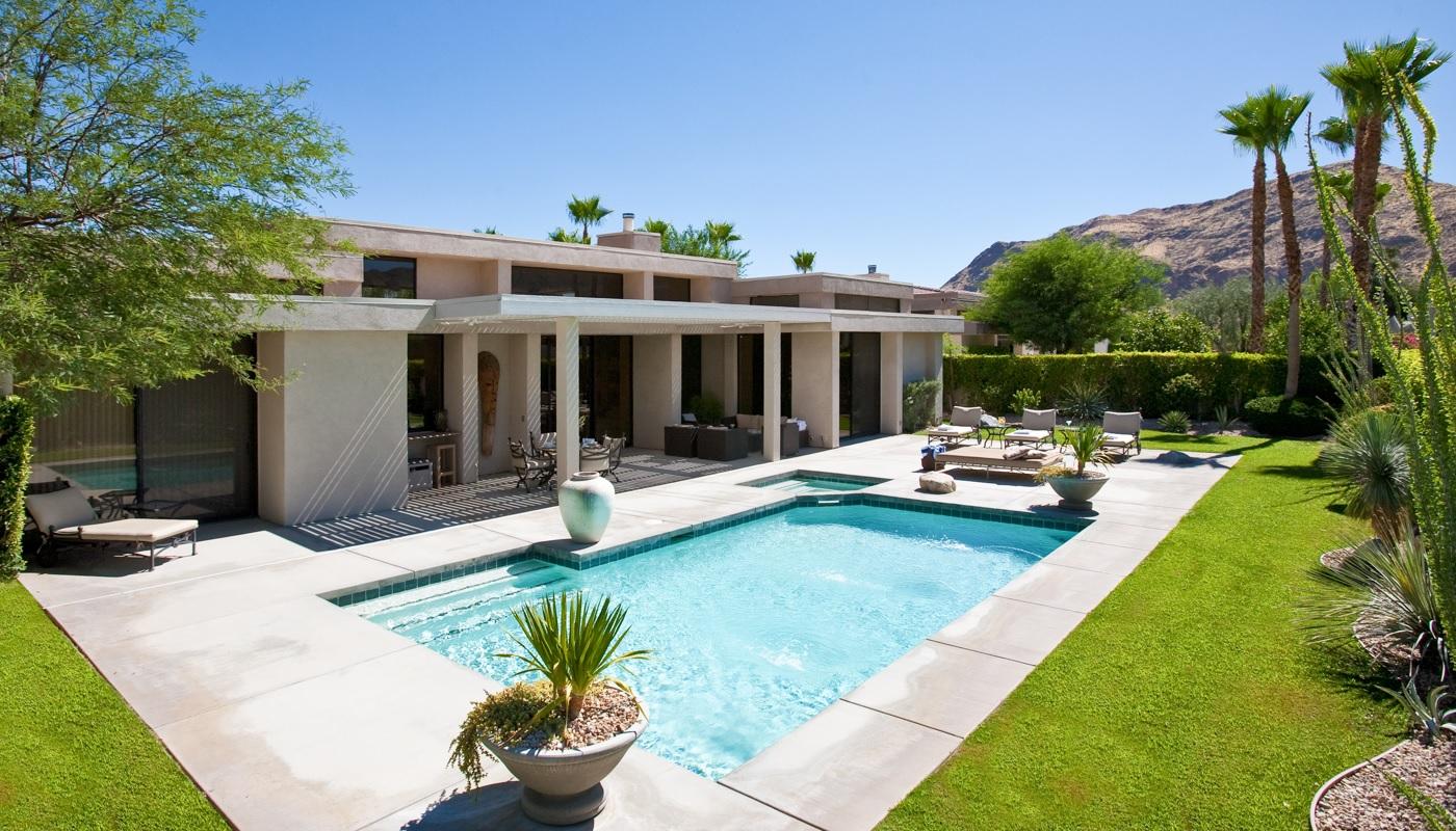 Insane palm springs homes for rent over desert trip weekends for Palm springs homes rentals