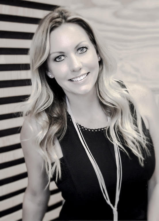 Courtney Hogue | DiscoverPhx Team | Realty One