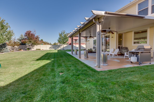 Pro photos sell Boise homes