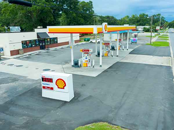 rainey's shell station