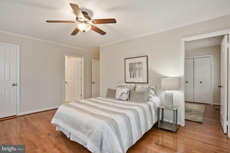 9313 Millbranch Pl Primary Bedroom