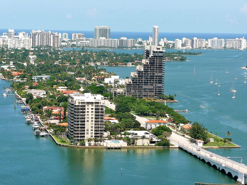 Homes for Sale on Venetian Islands