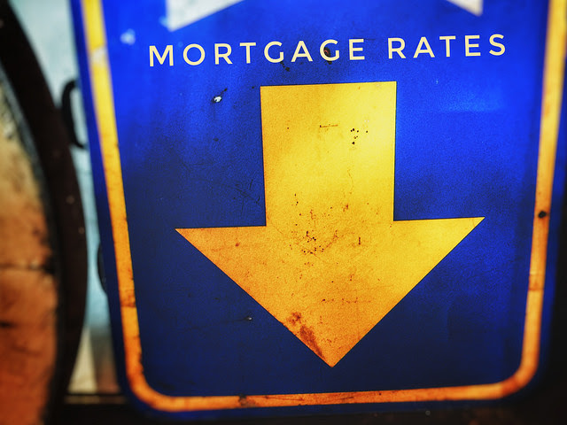 Mortgage Rates Fall But Demand Stays Flat