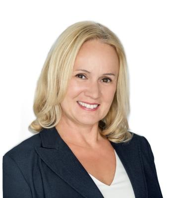 Tanja Rosenbach - broker associate