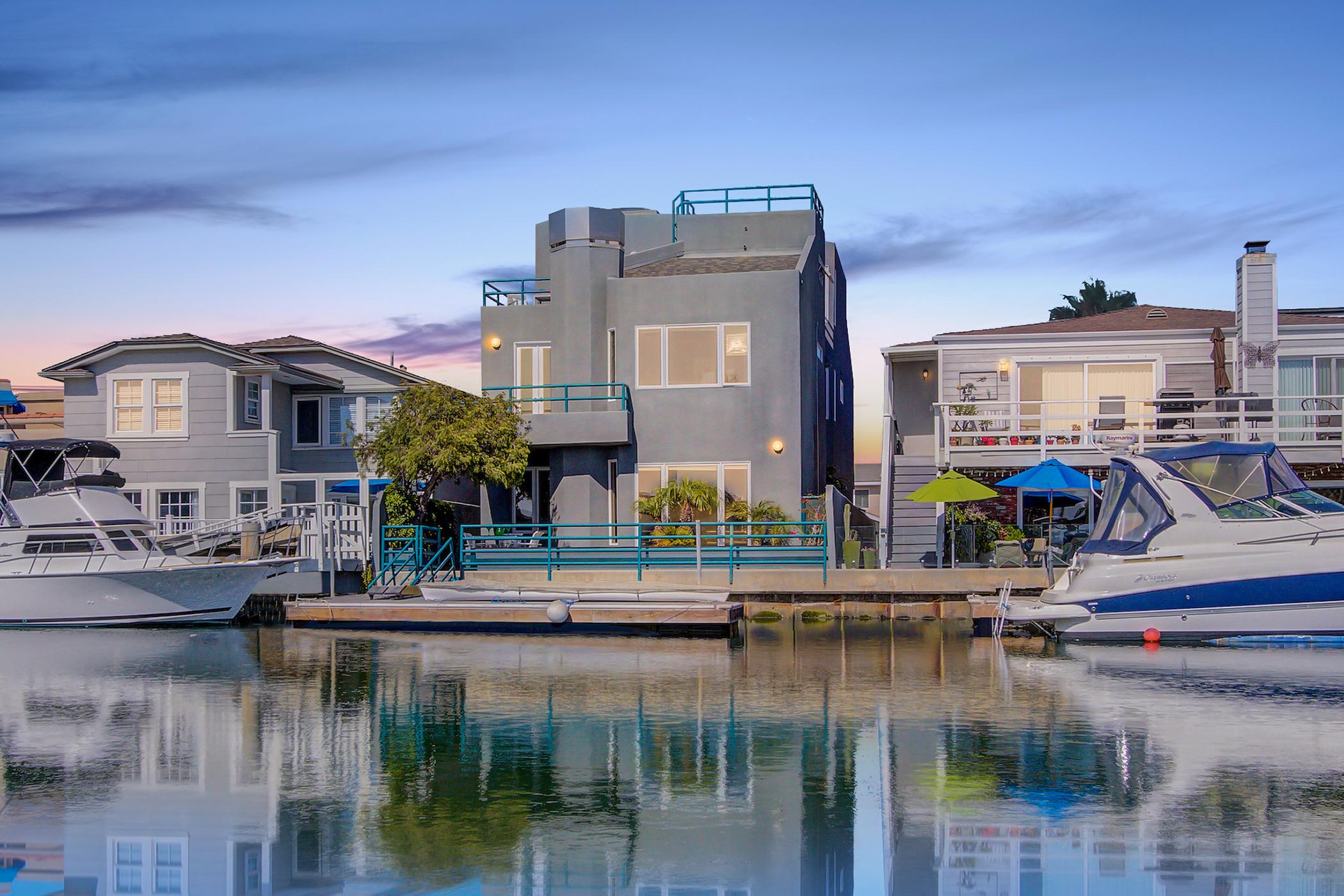 boat slip house for sale in huntington harbor
