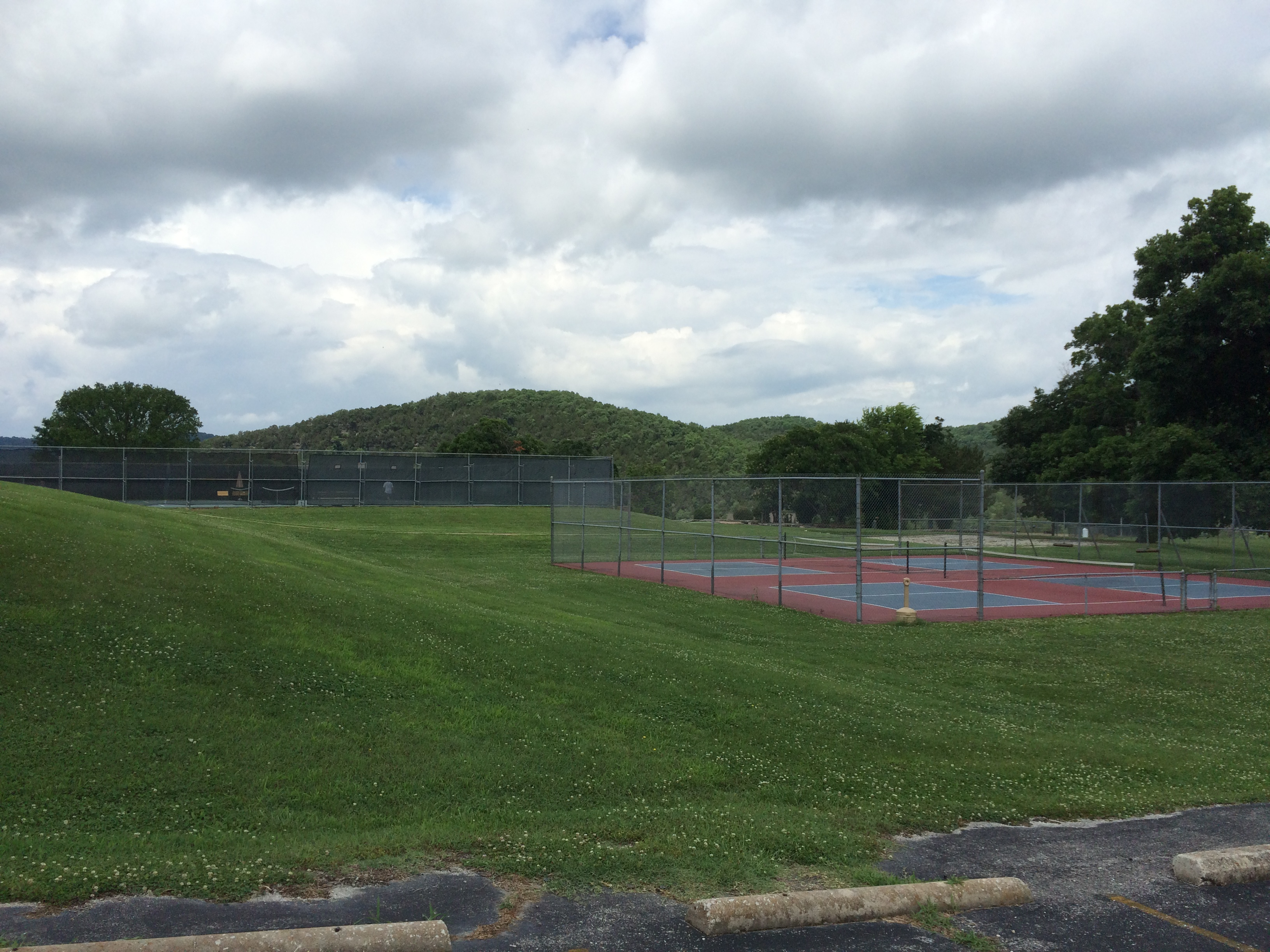 Tennis Courts at Holiday Island