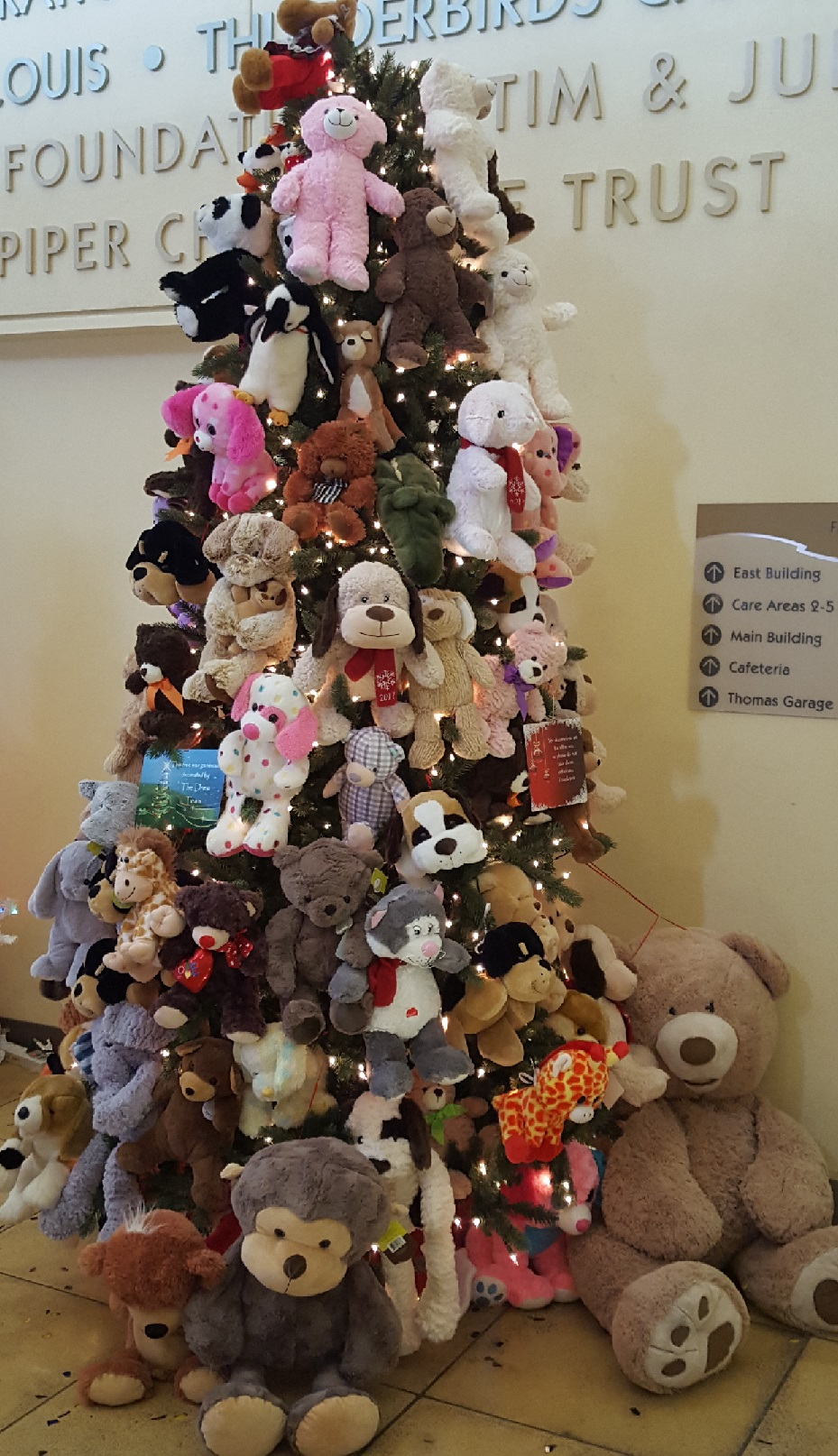 PCH Teddy Bear Tree
