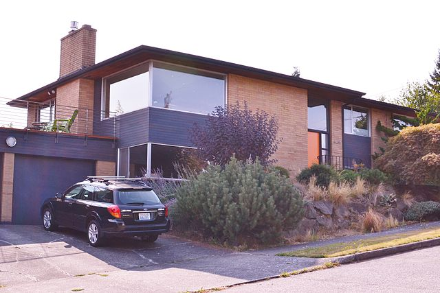 Mid Century Seattle Home