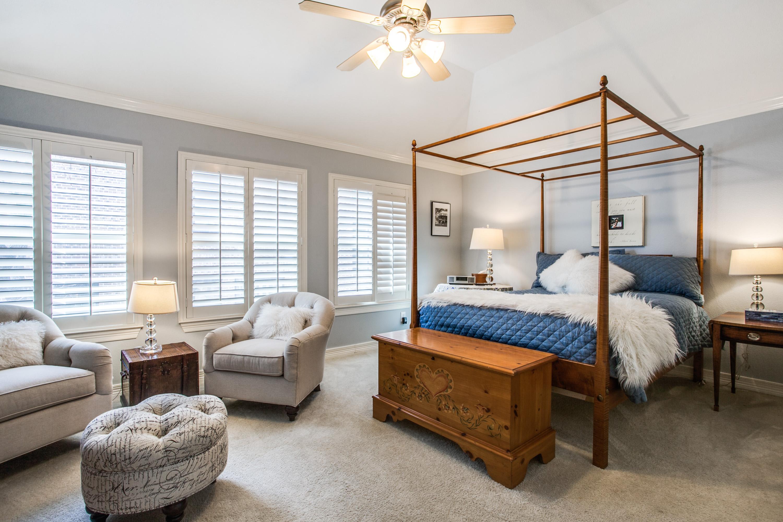 3rd Floor Loft Elegant Master Suite 2 Bedrooms 5 Baths Room Modern Kitchen With Granite Countertops Ss Liances Breakfast Area
