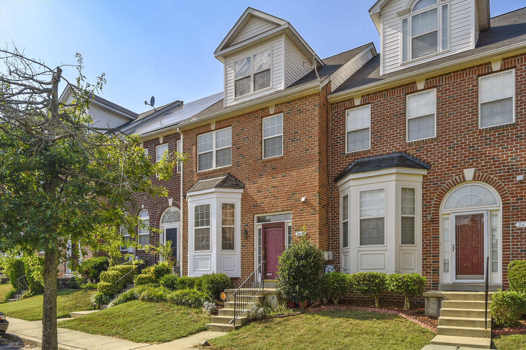 home for sale in waldorf md near Andrews AFB