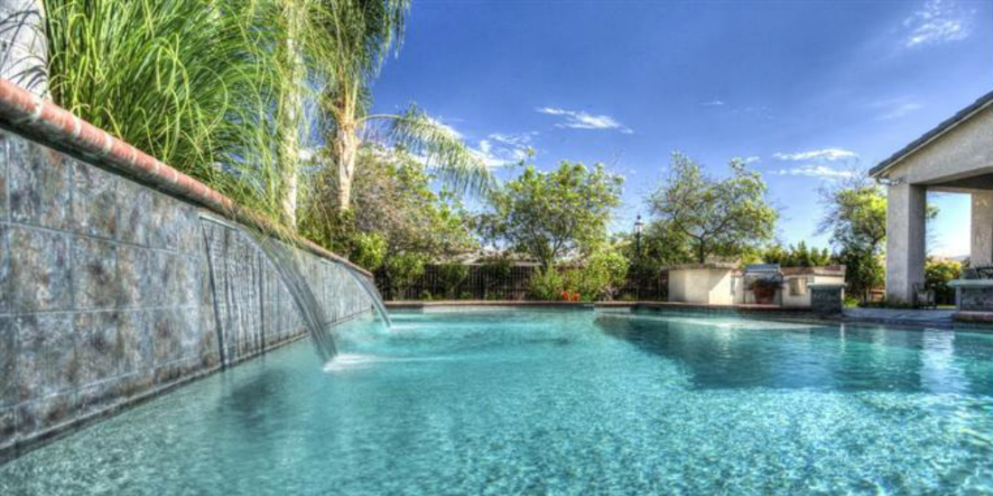 Find Homes For Sale In Fresno Clovis With Swimming Pools