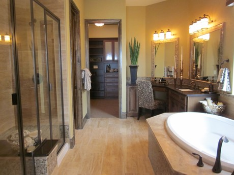 Montecito Master Bath at RidgeGate in Lone Tree, Colorado