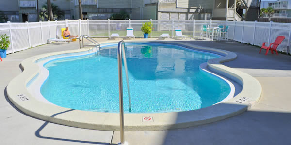 Pool at Baywatch